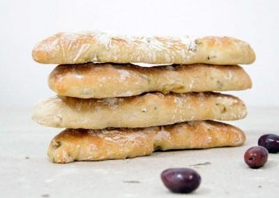 Deli-caat olijvenbrood